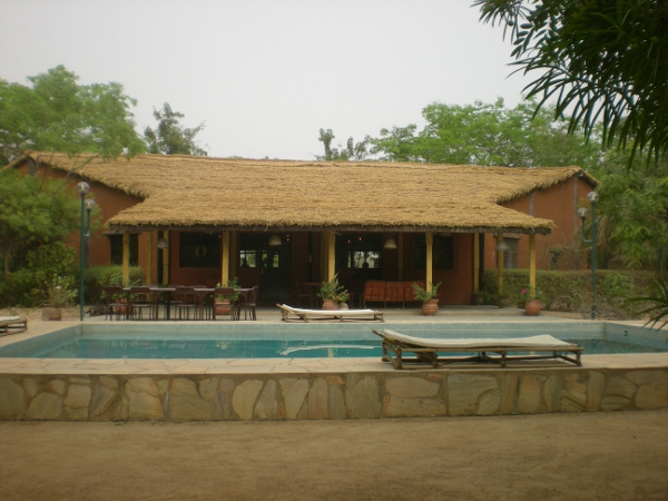 piscine du campement du buffle au burkina faso chasse et safari photo
